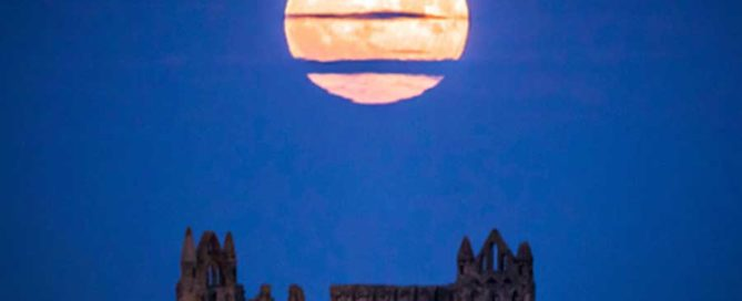 Supermoon, bright, big, lunar, Yorkshire, UK